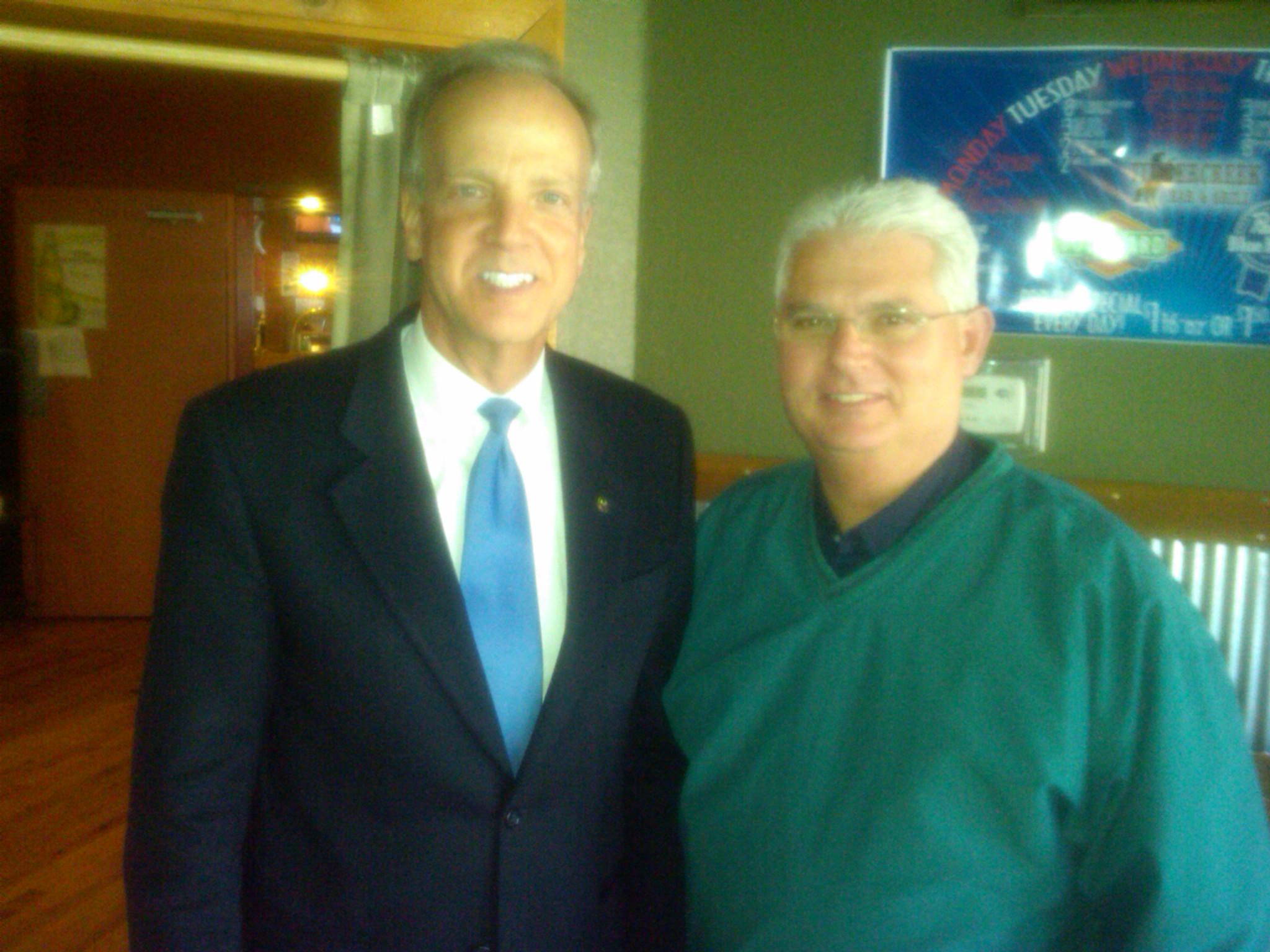 Sen. Moran Visits with Members of Louisburg Rotary