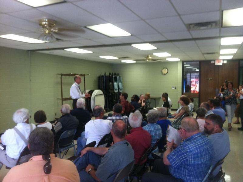 Sen. Moran hosts town hall meeting in Parsons