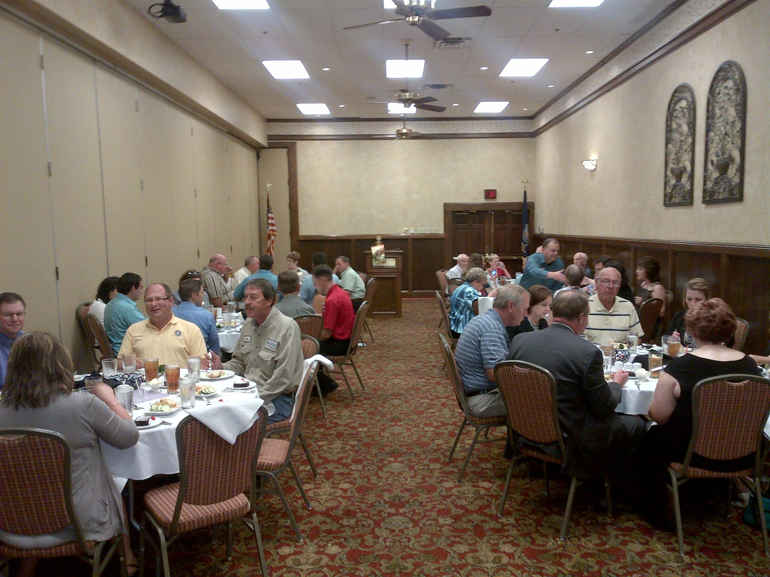 Sen. Moran Attends Garden City Rotary Club