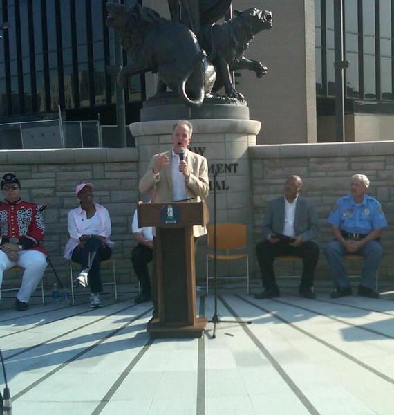 Sen. Moran Speaks at Law Enforcement Torch Run