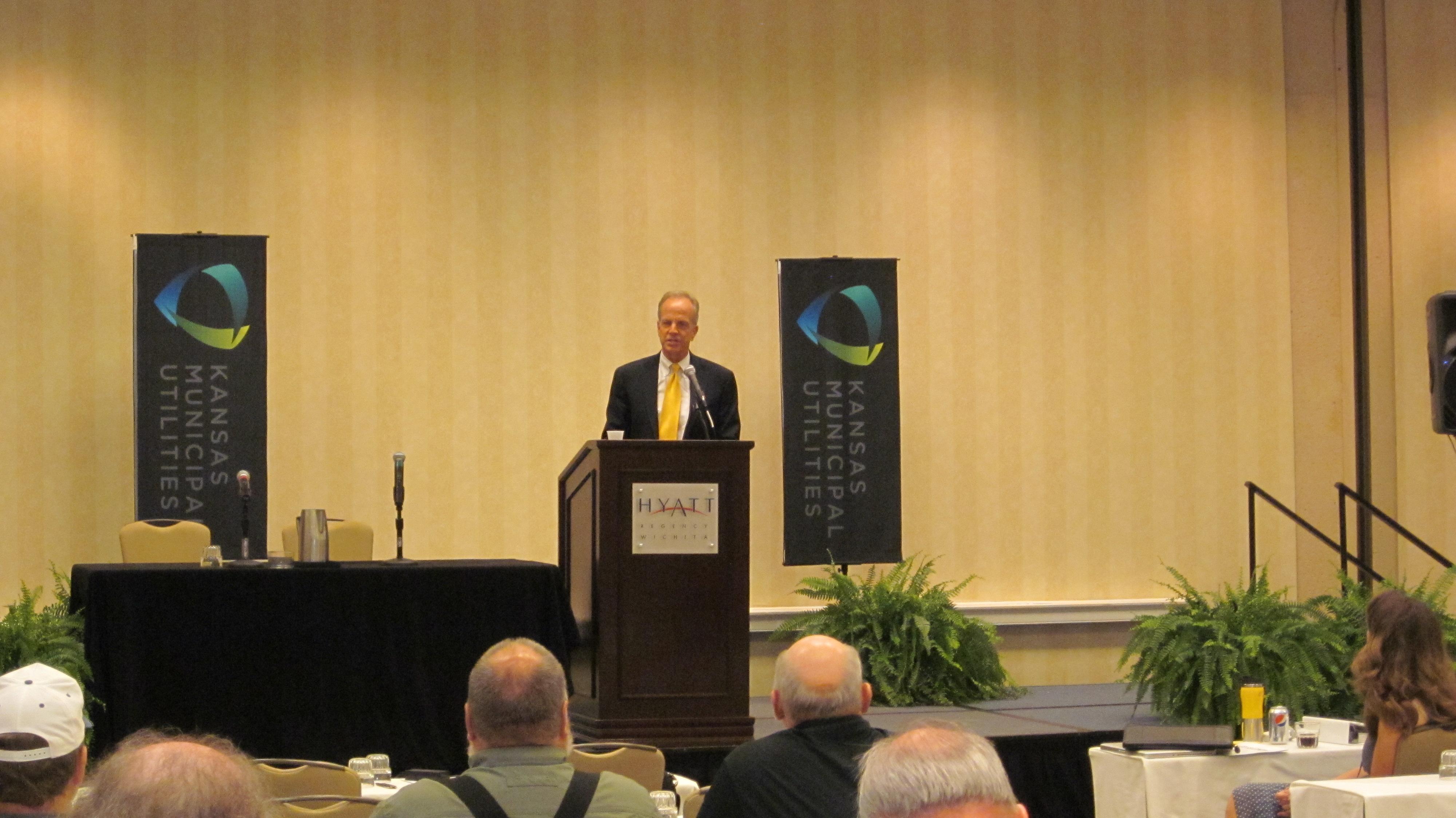 Sen. Moran Speaks at Kansas Municipal Utilities Conference