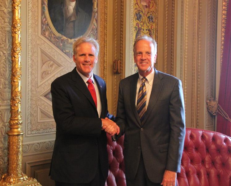 Sen. Moran meets with Israeli Ambassador Michael Oren