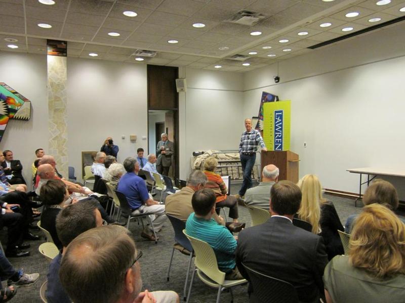 Sen. Moran Hosting a Listening Tour Stop in Douglas County