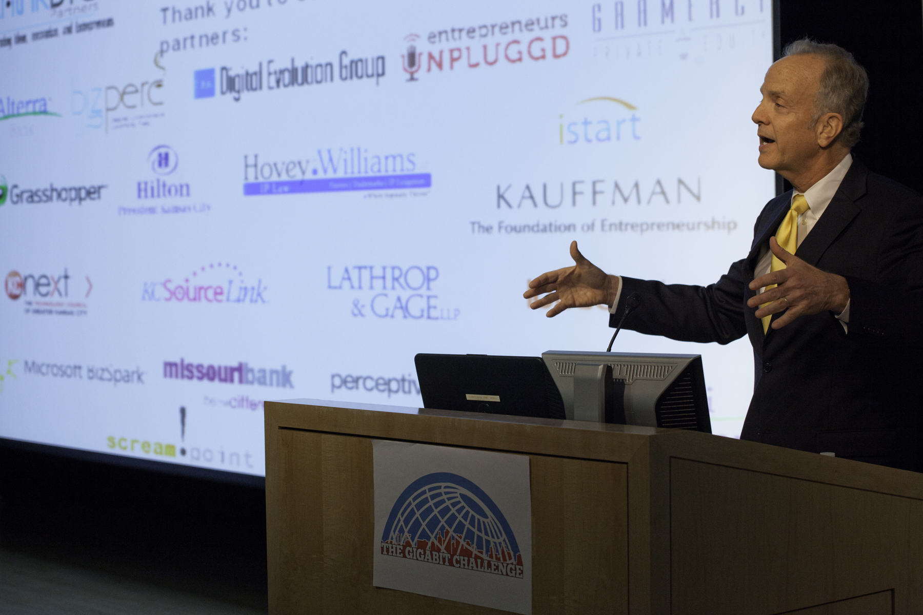 Sen. Moran Speaks at Gigabit Challenge