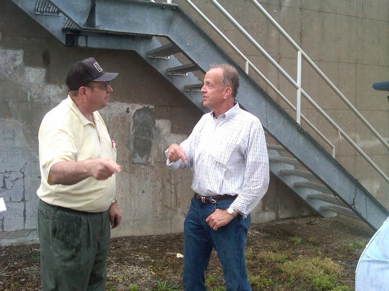 Sen. Moran tours Fairfax Drainage District